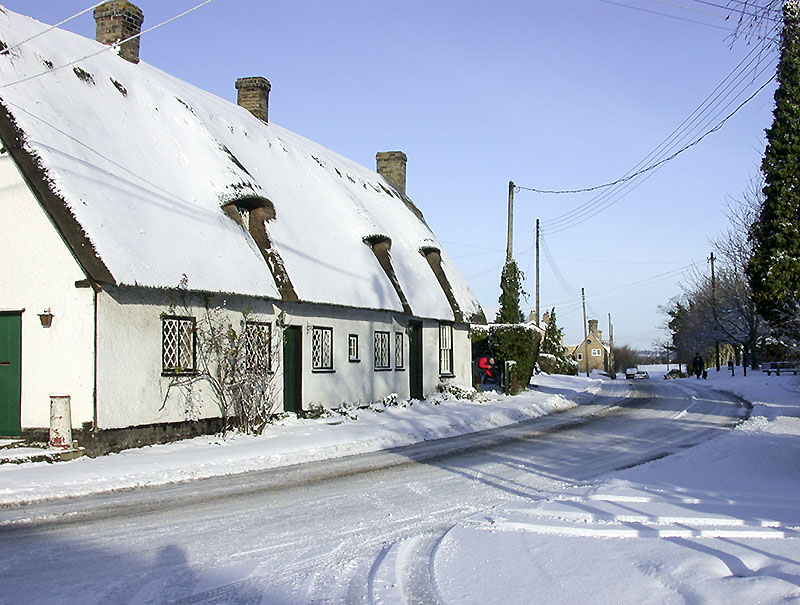 Whaddon cottages by Rec in snow