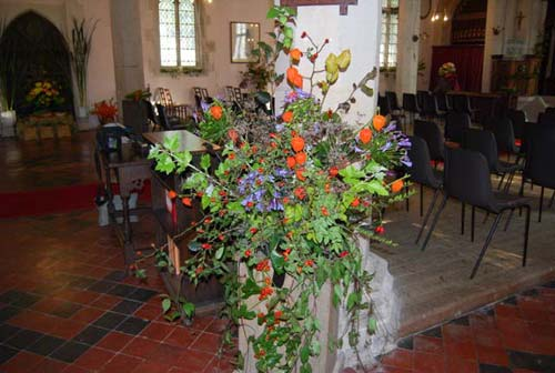 Whaddon St Marys Church Harvest 2015 9